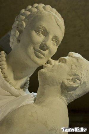Ющенко и Тимошенко в скульптуре
