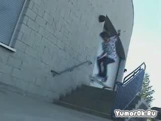 Нога скейтера не выдержала стольких падений