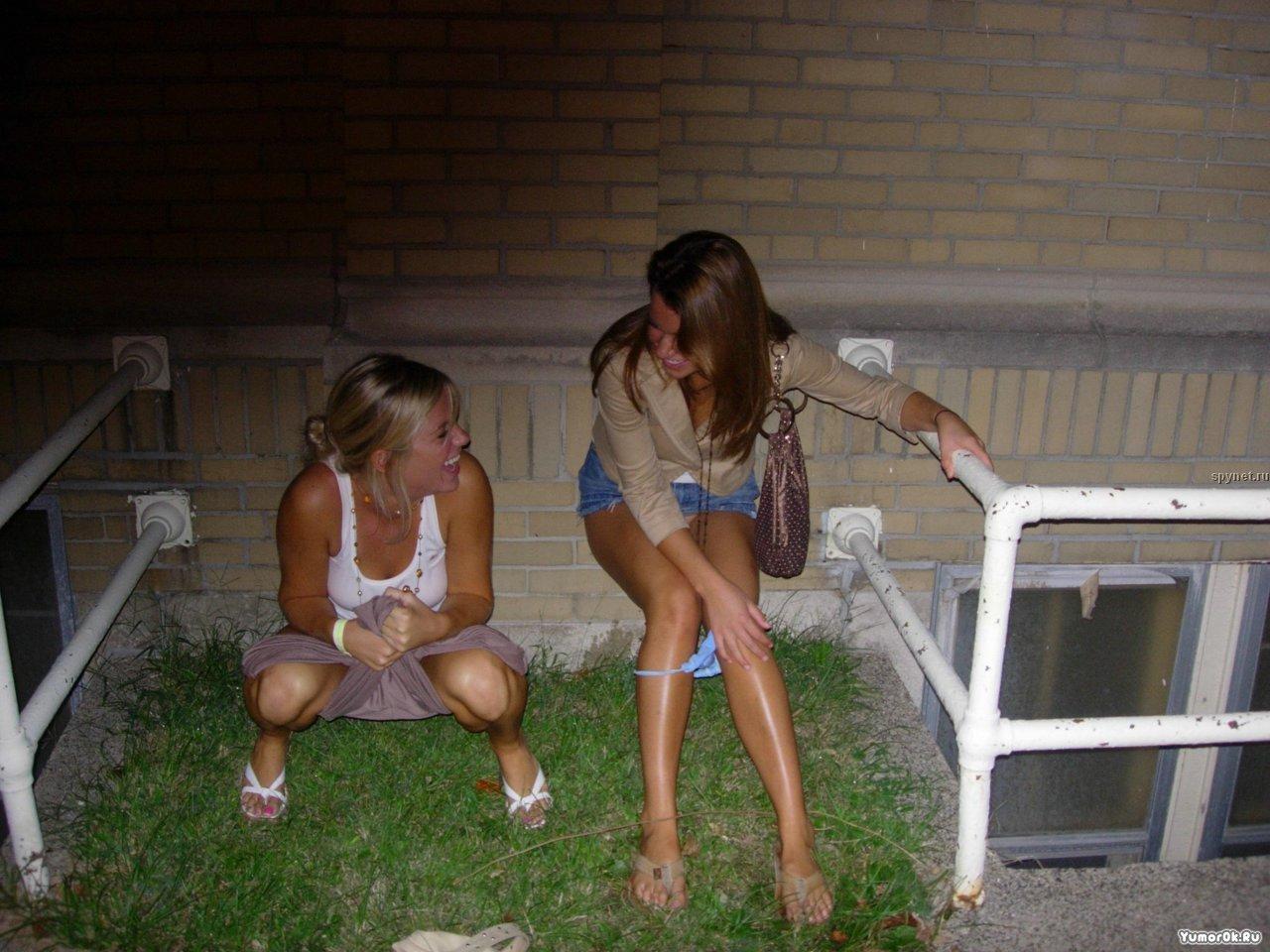 Пьяные девушки писают 20 фотография