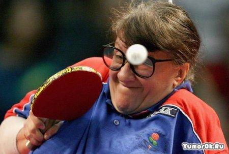 Забавная игра пинг-понг