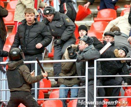 Беспорядки в Лужниках во время вчерашнего матча Спартак - Зенит