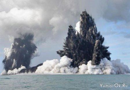 Подводное извержение рядом с Tonga