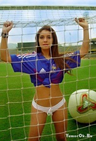 Девочки - футболисточки