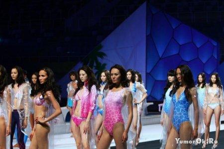 Китайский конкурс купальников