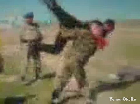 Кикбоксер против солдата