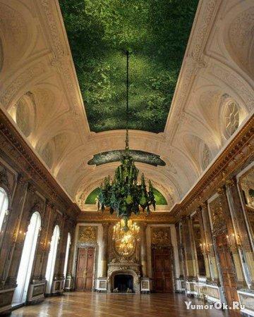 Угадайте, из чего сделан этот потолок?