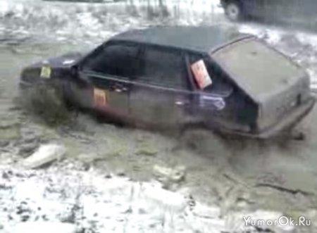 На ЛАДЕ по болоту