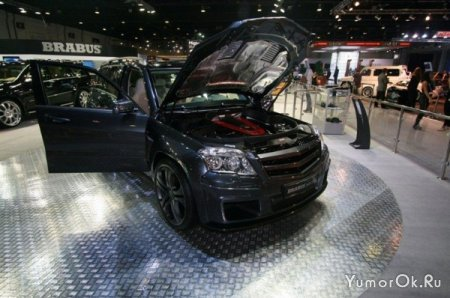Авто выставка в Дубаи