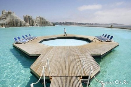 Очень большой бассейн